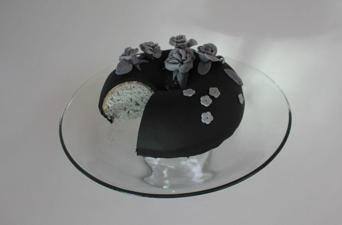 black fondant--cake 6